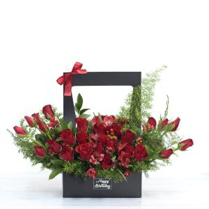 Red Roses Stunning Presentation